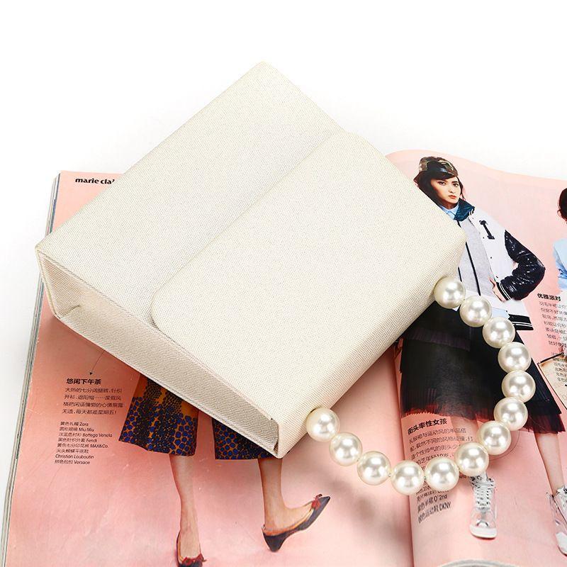 Manual Evening Bag 01