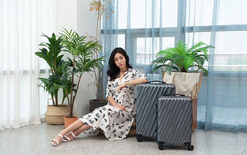 Brand Luggage Wholesale